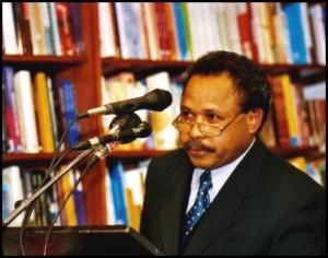 Melbourne, 2002. Launch, Paradise Betrayed, West Papua's Struggle for Independence John Martinkus, Quarterly Essay, Issue 7, 2002; photo—Latupeirissa