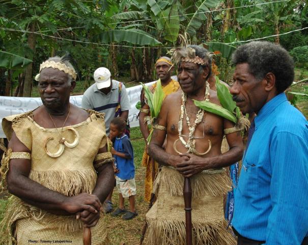 Maraki Vanuariki Council of Chiefs preparing to meet delegation from West Papua