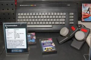 Commodore 16 vs 64