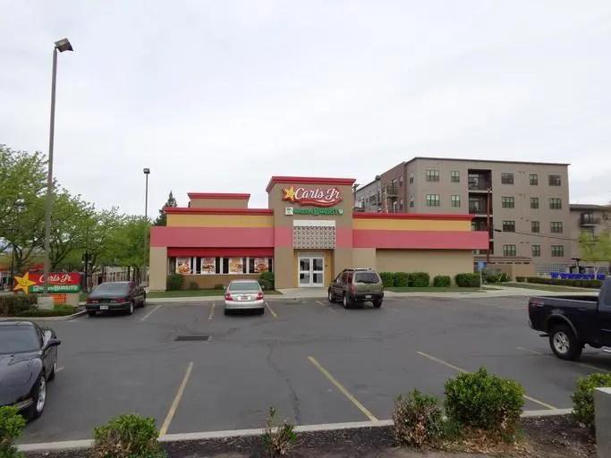 is fast food a retail job
