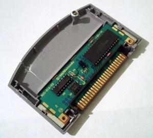 Nintendo 64 game cartridge internals
