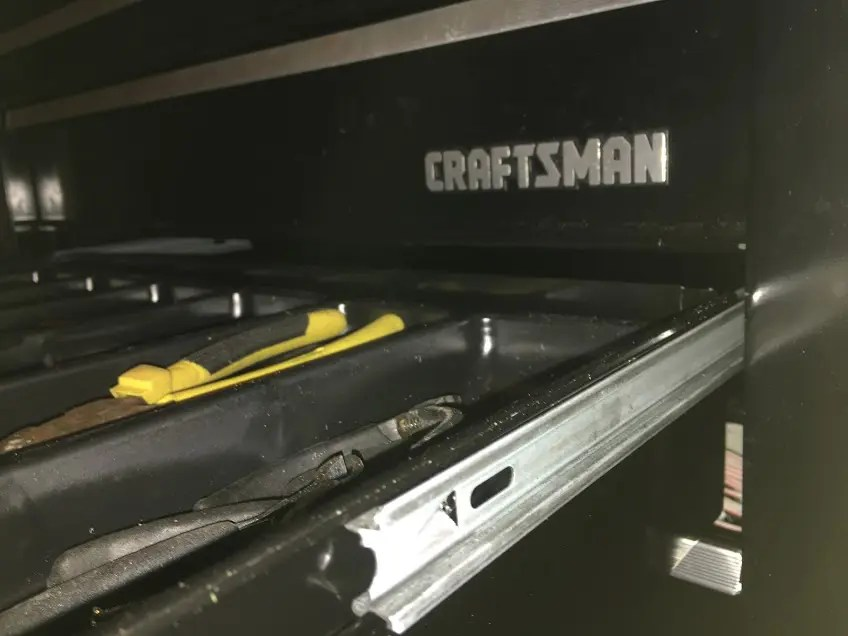 remove drawers from a Craftsman toolbox