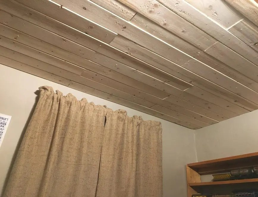 plank wood ceiling