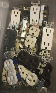How many outlets can be on a 20 amp circuit