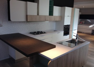 Cucine Lube Offerte | Rivenditori Cucine Roma Good Vendita Cucine ...