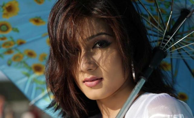 Mahiya Mahi_dfilmybuzz.com_95