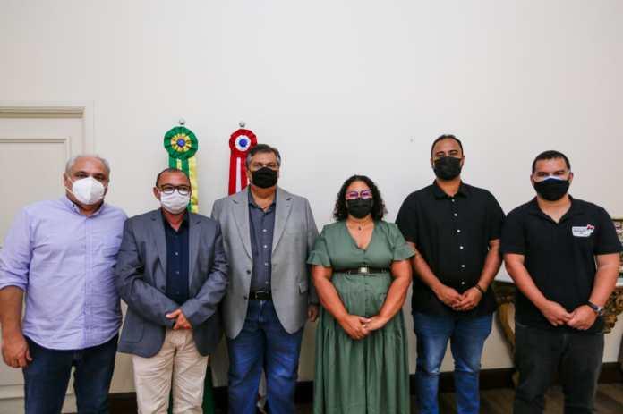 Hospital, asfalto e outros investimentos foram anunciados na reunião (Foto: Brunno Carvalho)