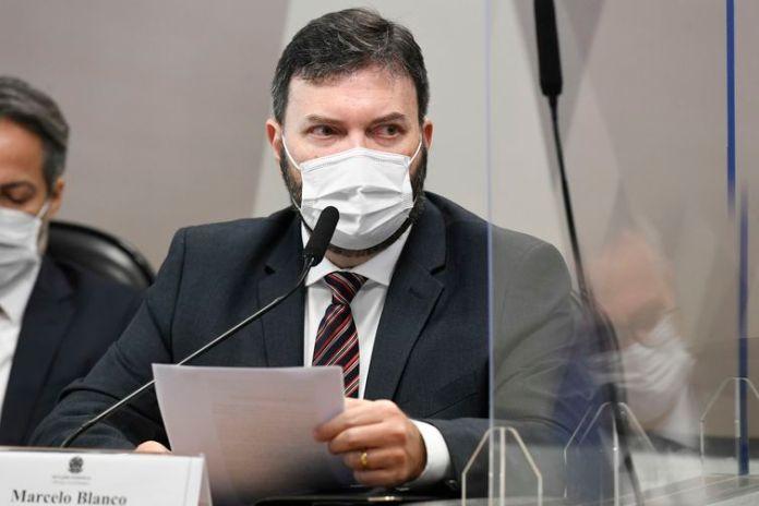 Comissão Parlamentar de Inquérito da Pandemia (CPIPANDEMIA) realiza oitiva do ex-assessor do Departamento de Logística do Ministério da Saúde. O objetivo é esclarecer suposto pedido de propina por dose de vacina em tratativas ilícitas com a