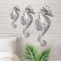 Gorgeous outdoor wall art | DFOhome