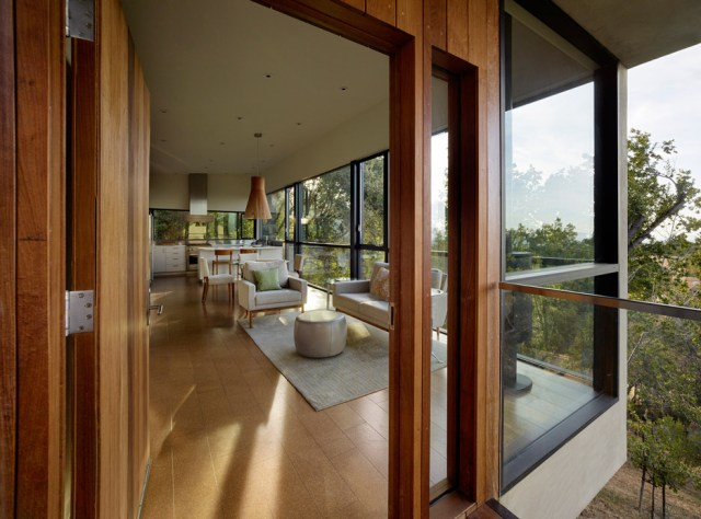 overlook-guest-house-schwartz-and-architecture-matthew-millman_dezeen_936_4