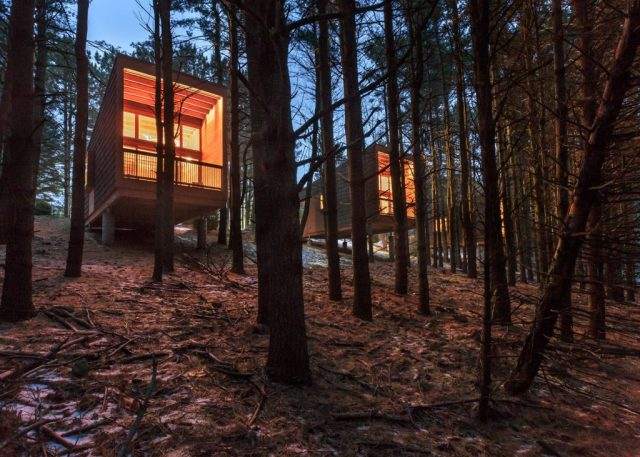 whitewail-woods-cabins-hga-paul-crosby_dezeen_1568_1