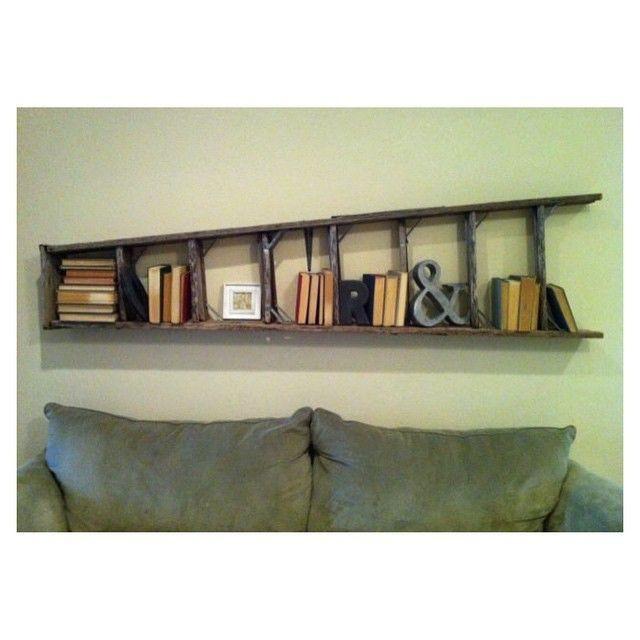 livros e escada