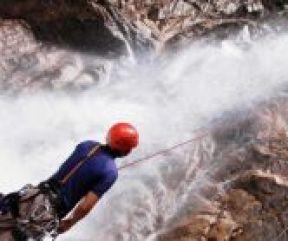 tourism_climbing_Crop
