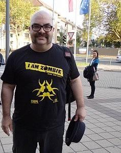 Mark Rein-Hagen in a game convention.