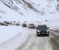 gudauri_snow_road