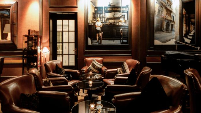 cigar lounges hotels best