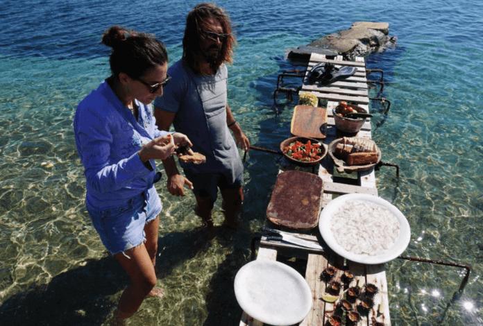 Rhenia Island Breakfast Private Beach