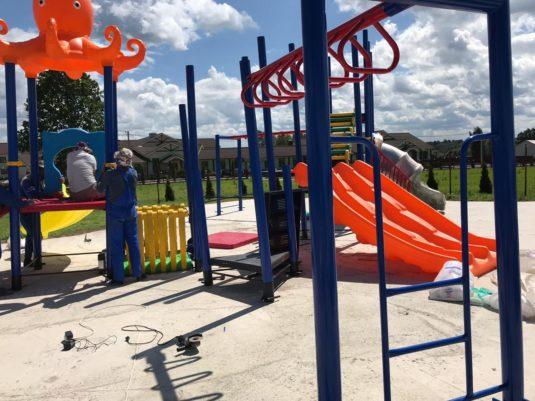 Изображение готовых детских площадок ИК-1155 и ИК-1157 - dgorodki.ru