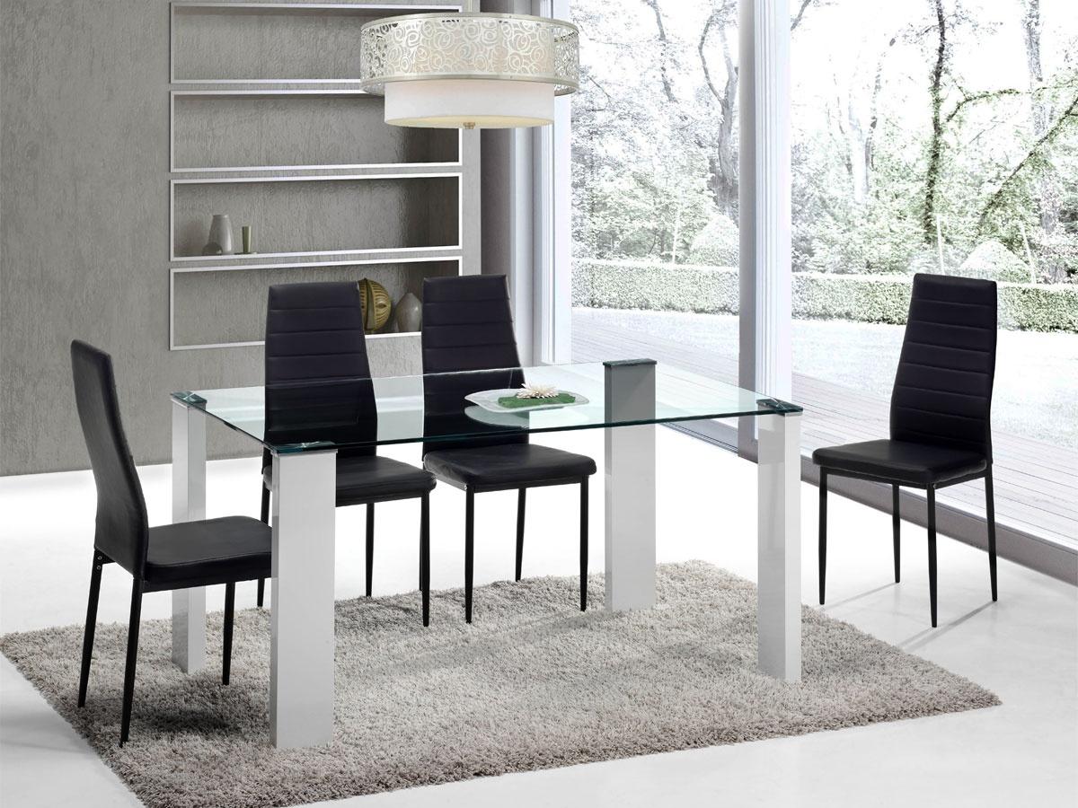 Juego de comedor con mesa de cristal y cuatro sillas de polipiel