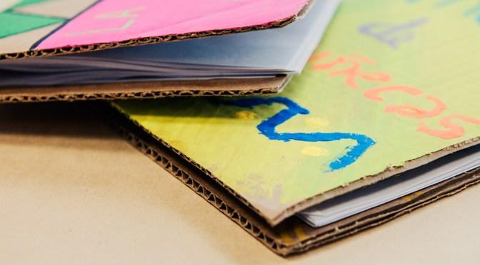 Vera Cartonera: libros de Ciencia y Letras con material reciclado