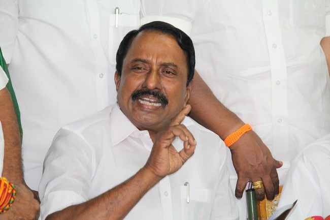 தமிழகத்தில் 32 மாவட்டங்களிலும் இலவச IAS அகாடமி துவக்கப்படும் : அமைச்சர் செங்கோட்டையன்