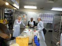 DHS Employees Volunteer at DC Central Kitchen | Welcome to DEL