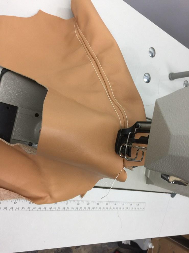 Consew-389RB2-heavy-Duty-High-Speed-Post-Type-Two-Needle-Drop-Feed-Needle-Feed-walking-Foot-Alternating-Presser-Feet-Lockstitch-Machine-