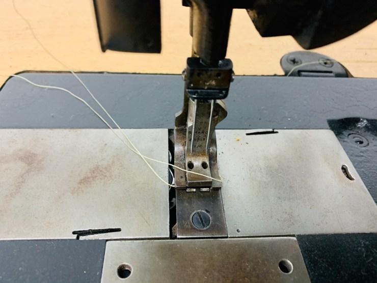 Singer 112w139 Double Needle Walking Foot w/ 1/4 Gauge