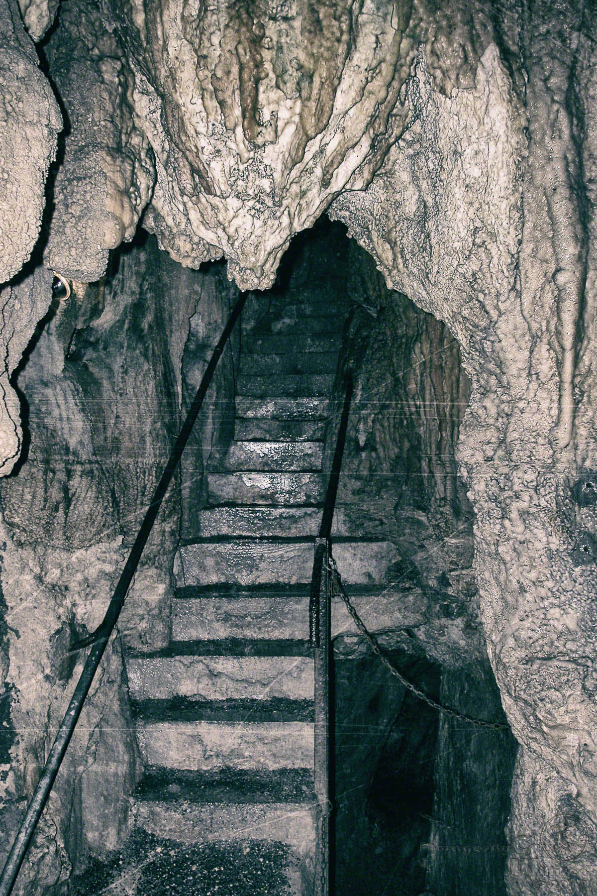 mine, hoellgrotten, grotte, stairs