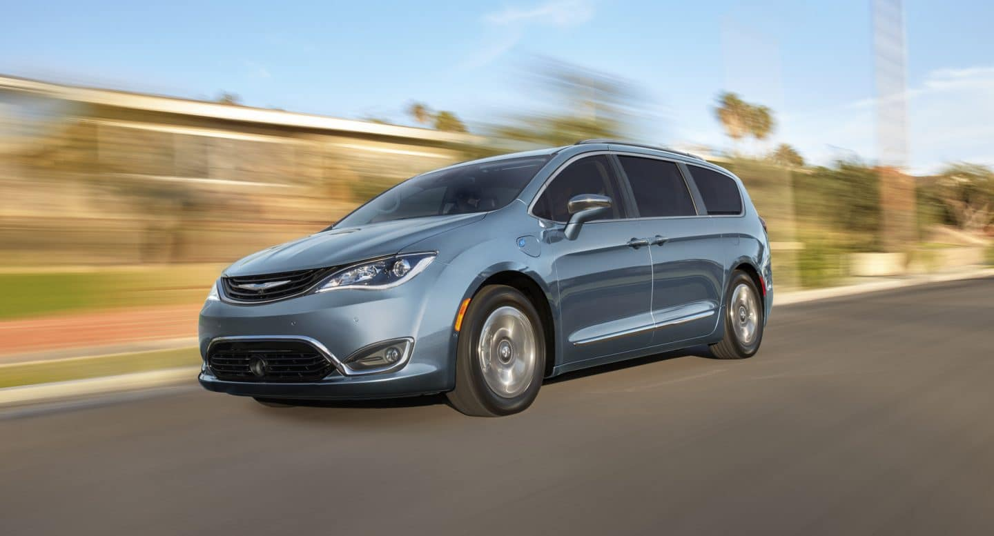 hight resolution of chrysler pacifica hybrid for college students
