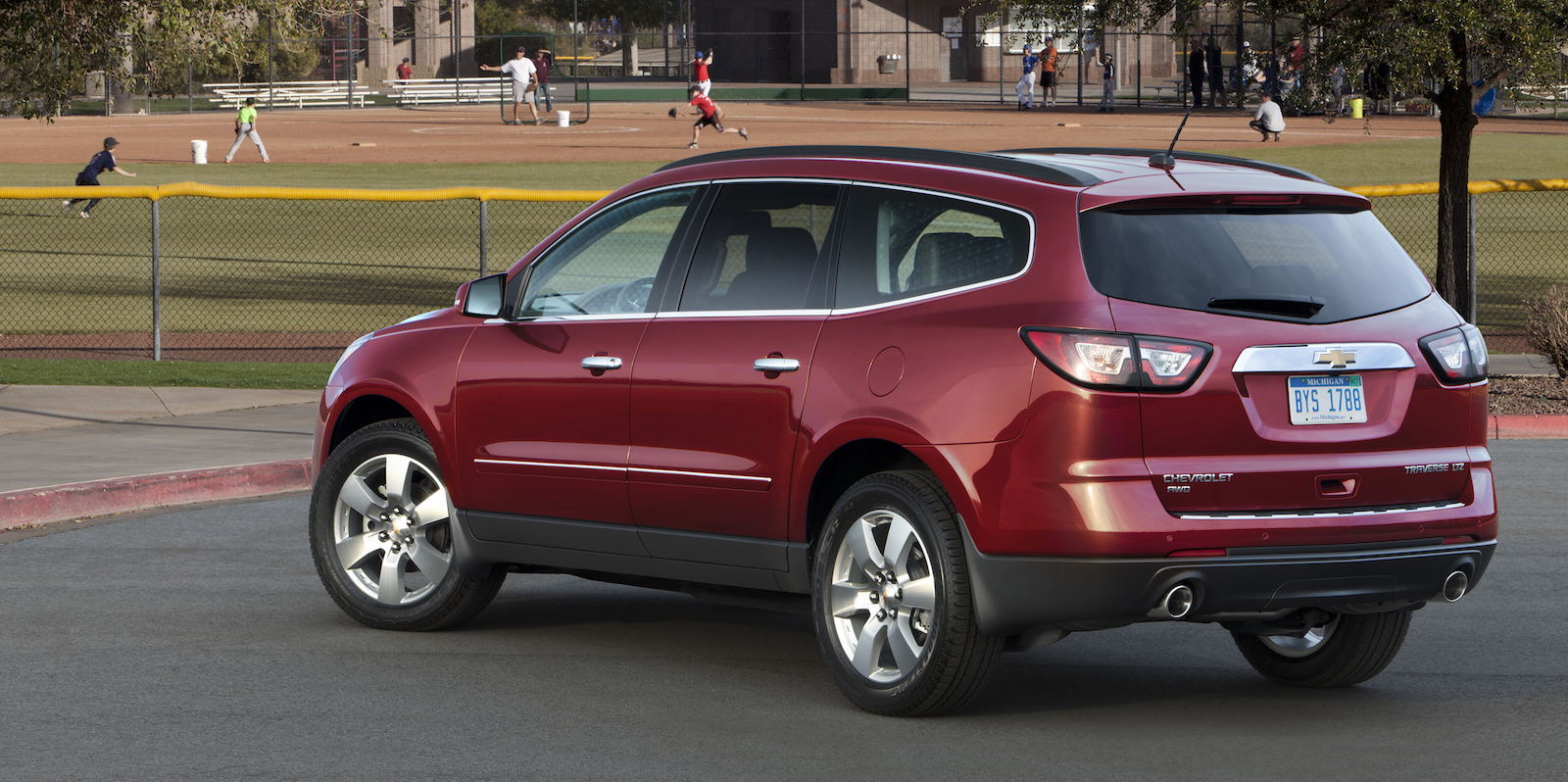 hight resolution of 2014 chevrolet traverse ltz