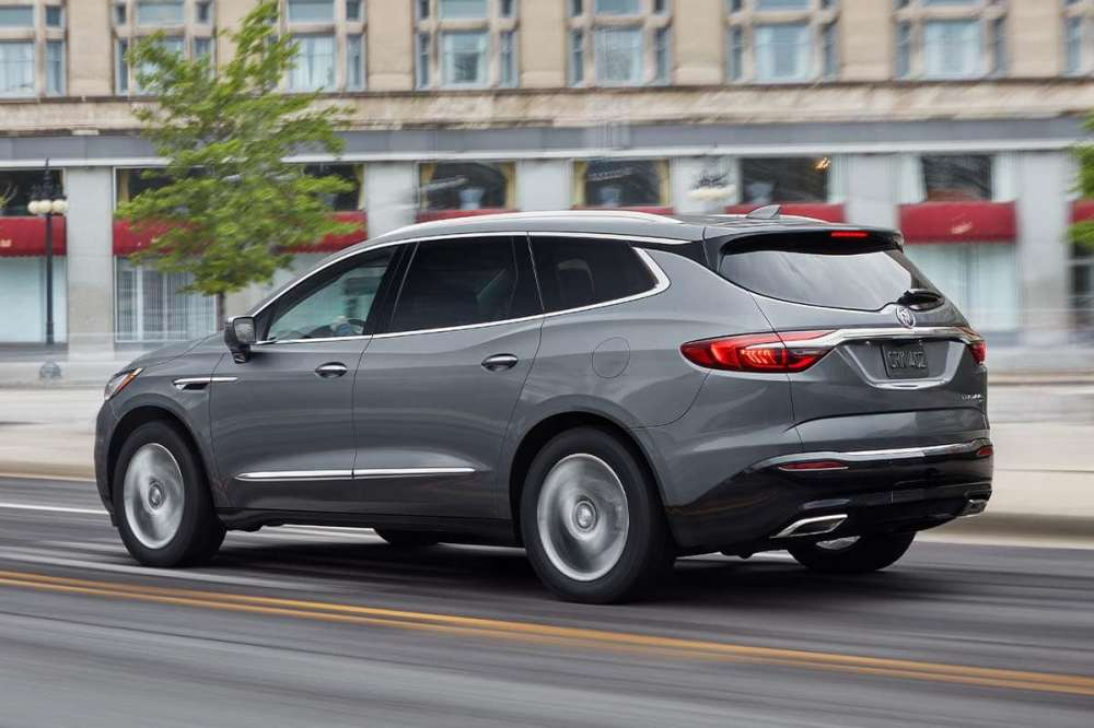 medium resolution of the 2019 chevy traverse sets itself apart with its rs trim s available 2 0 liter turbocharged engine that delivers 257 horsepower and 295 pound feet of