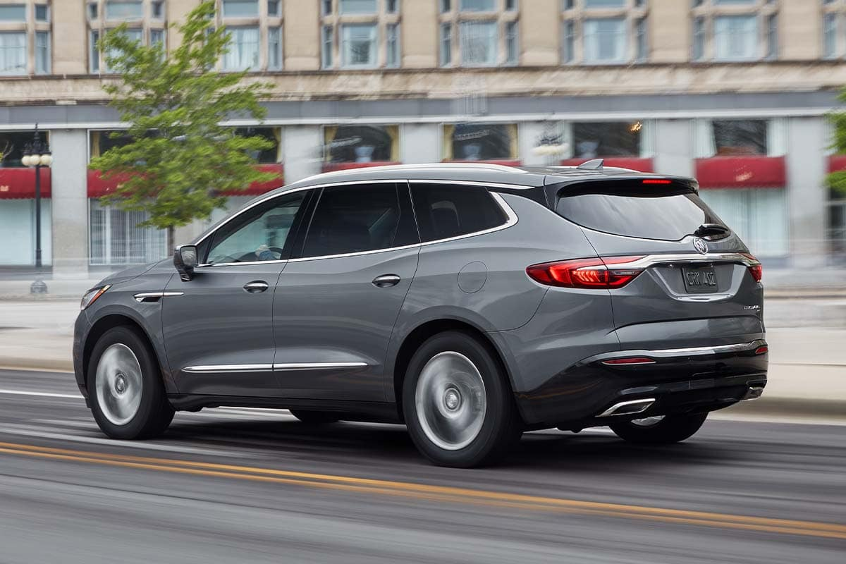 hight resolution of the 2019 chevy traverse sets itself apart with its rs trim s available 2 0 liter turbocharged engine that delivers 257 horsepower and 295 pound feet of