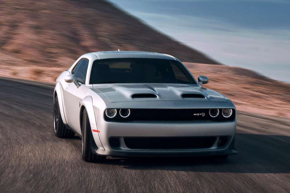 medium resolution of the 2019 challenger srt hellcat redeye pushes the 6 2 liter engine to 797 horsepower and 707 pound feet of torque which helps deliver a 3 4 second 0 to 60