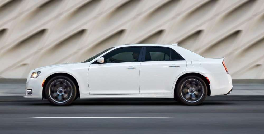 medium resolution of because they ride on the same platform the 2019 chrysler 300 and 2019 dodge charger are close in size both models are 75 inches wide and ride on a