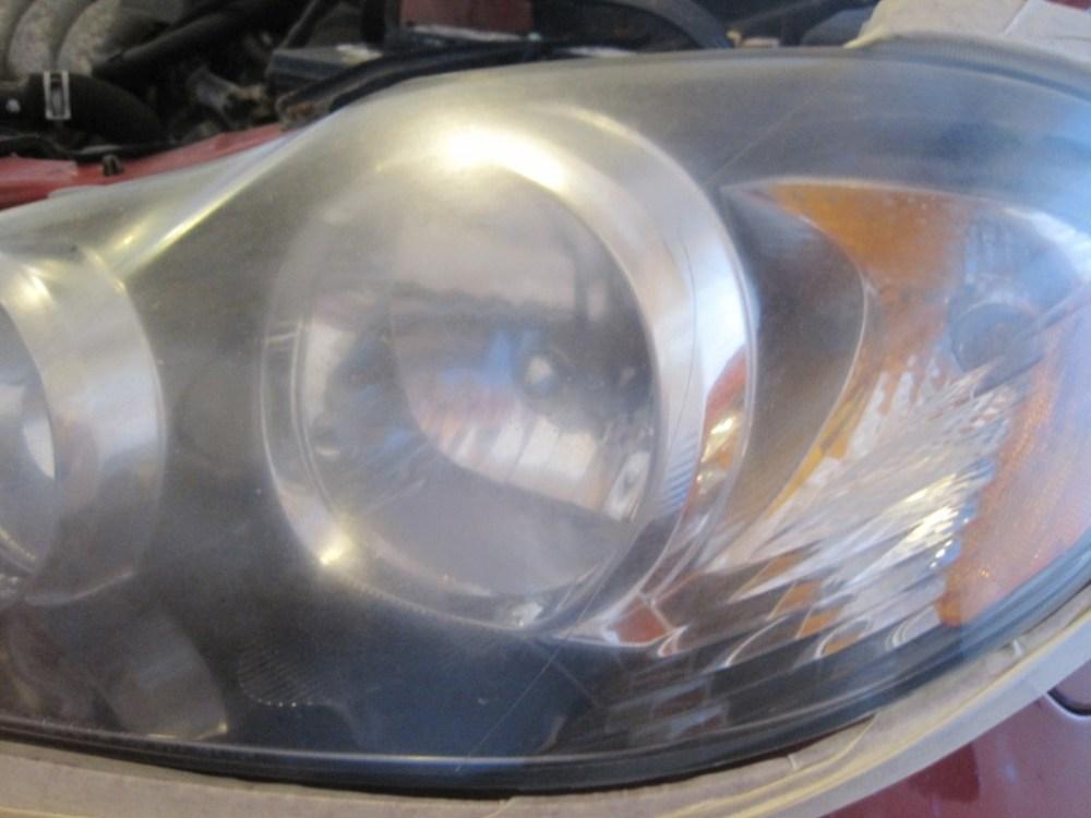 medium resolution of 2000 gmc sonoma headlight