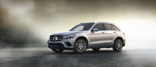 small resolution of explore the 2017 mercedes benz glc 2001 mercedes c320 fuse diagram 2017 mercedes benz glc side