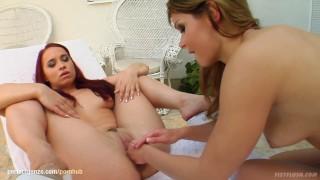 Jeny Baby fisting Olga Cabaeva - lesbian action by FistFlush