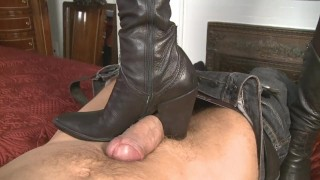 mistress-T like boots job