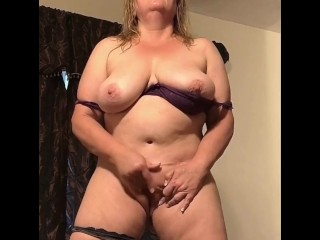 Naughty Wife Masturbating While Standing – Real Orgasm Homemade