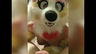 Foxy gets blown by Iliza and takes her for a ride (Fursuit Sex)
