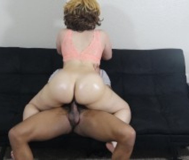 Big Booty Light Skin Slut Bounces Her Bubble Butt On Bbc Must See Jiggle