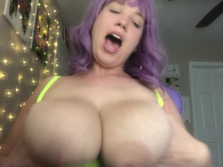 Bouncing Tits Out Of Sports Bra