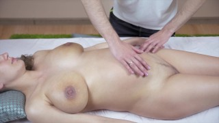 A Pregnant Girl Pickup A Massage Guy - Sucked And Fucked His Fat Cock