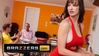 Brazzers - Busty stepmom Lexi Luna fucks stepson