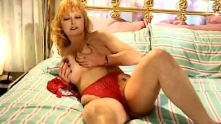 Country Housewife Plays With Pussy