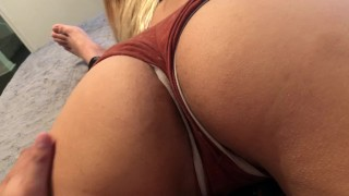 Sexy girl gets played with, fucked, then has huge orgasm
