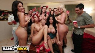 BANGBROS - Kendra Lust & Friends Crashing A College Party