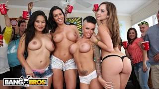BANGBROS - Rachel Starr, Jessica Bangkok & Remy LaCroix Invade College Dorm