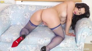 Petite brunette Valentina Bianco finger fucks pussy in just nylons heels
